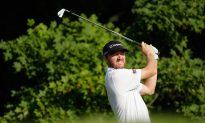 Walker Holds First Round PGA Lead at Baltusrol