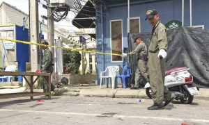 Thai Police Look for Suspects After Bombs Hit Tourist Sites