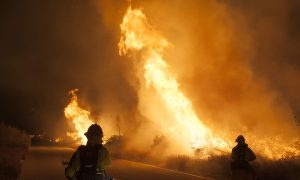 Southern California Wildfire Brings Destruction and Uncertainty