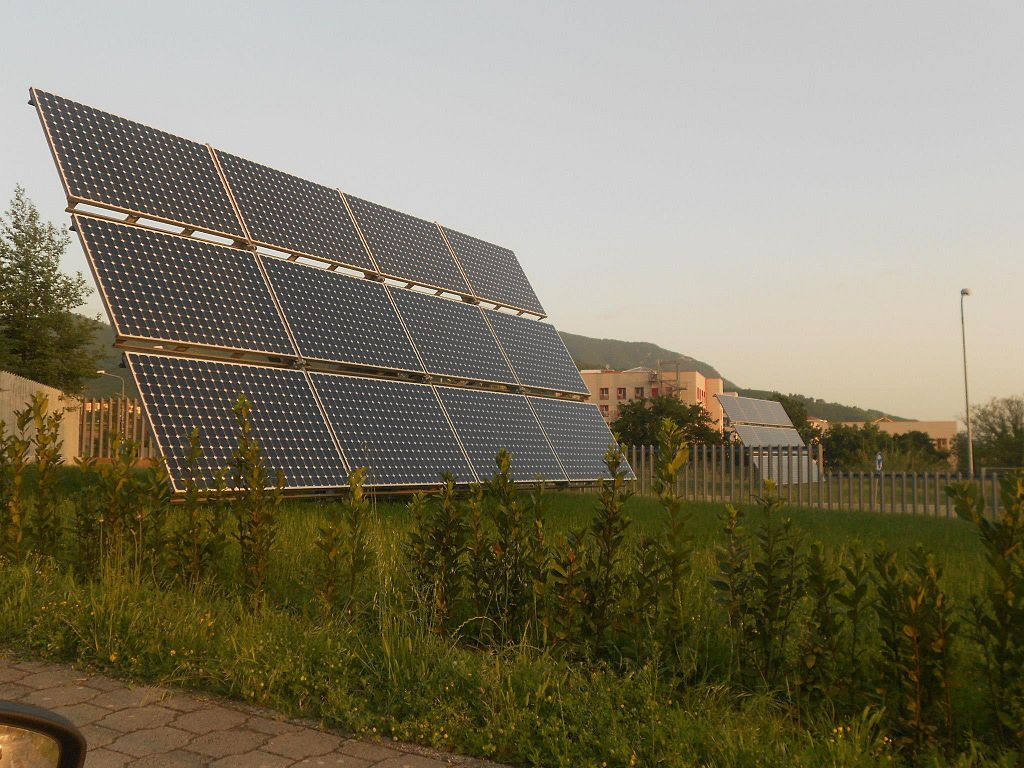 A file photo of solar panels in Salerno, Italy. (Roquejaw/CC BY-SA)