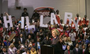 Clinton's New Strategy in South Puts Trump in Bind