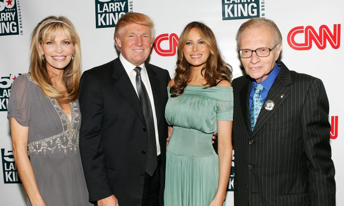 (L-R) Larry King's wife Shawn Southwick, Donald Trump, Melania Trump and talk show host Larry King attend the 'Larry King's 50 Years of Broadcasting' celebration at The Four Seasons Restaurant in New York City on April 18, 2007. (Evan Agostini/Getty Images)