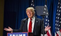 With Embrace of Teleprompter, Trump Sees Bounce in Polls