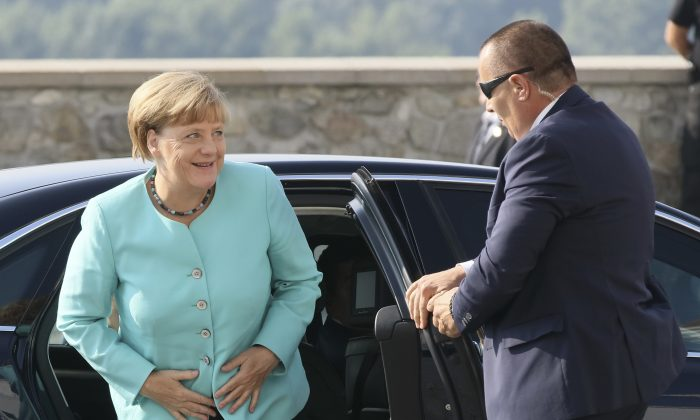 German Chancellor Angela Merkel arrives for an EU summit at Bratislava Castle in Bratislava on Friday, Sept. 16, 2016. An EU summit, without the participation of the United Kingdom, in Bratislava will kick off the discussion on the future of EU following Brexit. (AP Photo/Ronald Zak)