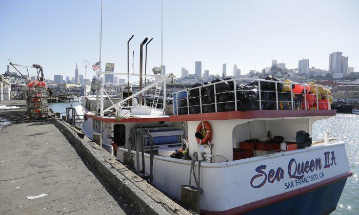 Queen II docked at Fisherman's Wharf in San Francisco on Nov. 6, 2015. (AP Photo/Eric Risberg)