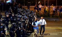 Mayor: Charlotte Considers Curfew After Protests