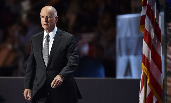 California Governor Jerry Brown arrives to address Day Three of the Democratic National Convention at the Wells Fargo Center in Philadelphia, PA., on July 27, 2016. (KAMM/AFP/Getty Images)