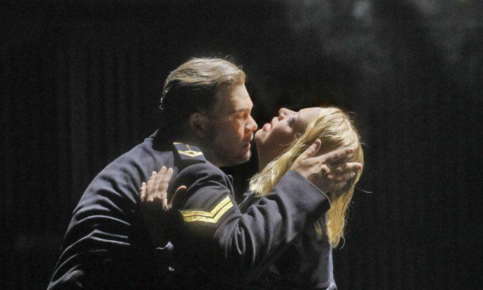 Stuart Skelton and Nina Stemme in the title roles of Wagner's Tristan und Isolde. (Ken Howard/ Metropolitan Opera)