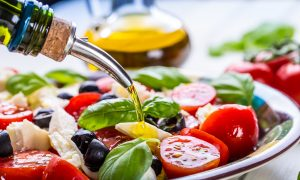 The 6 Benefits of the Mediterranean Diet