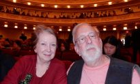 Former Florida Philharmonic Harpist Elated by Shen Yun Orchestra
