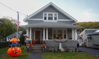 Port Jervis Holding Halloween House Contest