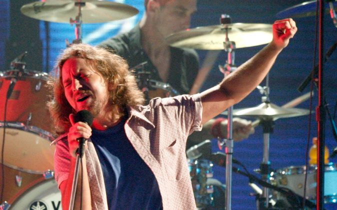 Singer Eddie Vedder of 'Pearl Jam' performs onstage during the 3rd Annual VH1 Rock Honors at UCLA's Pauley Pavillion on July 12, 2008 in Los Angeles, California. Pearl Jam was one of the nominees for the induction into the Rock and Roll Hall of Fame on Oct. 18. (Kevin Winter/Getty Images)