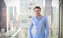 A Young New Zealander Teaches Americans the Secrets to Building Wealth