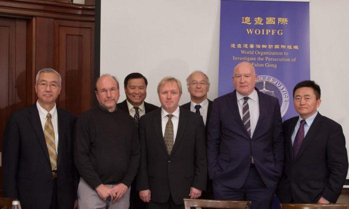 Speakers at the Oct. 28, 2016, organ harvesting forum in Berlin. (L-R) Wang Zhiyuan, Arne Schwarz, Sen Nieh, Arne Gericke, Martin Patzelt, Ethan Gutmann, and Charles Lee. (Jason Wang/Epoch Times)