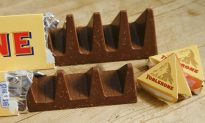 Mom Amazed When Boy Points Out Hidden Picture Inside Toblerone Logo