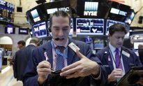 Oil Price Jumps, Stock Indexes at Record High