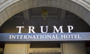 Video Shows Trump's Washington Hotel Lobby Serving as Rest Area for Police Officers on Inauguration Day