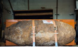 Germans Must Leave Home Xmas Morning as WWII Bomb Is Defused
