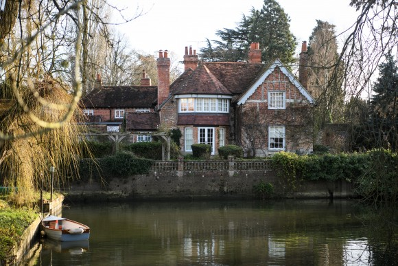 The Oxfordshire home of British pop singer George Michael in Goring, England on Dec. 26, 2016. Singer George Michael died on Christmas day in his country home in Oxfordshire at the age of 53 on Dec. 25.  (Carl Court/Getty Images)