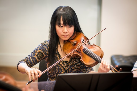Violinist Keiko Tokunaga rehearses with the other members in the Attacca Quartet in New York City on Dec. 7, 2016. (Benjamin Chasteen/The Epoch Times)