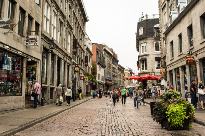 A shopping street in Old Montreal. (Orlando G. Cerocchi)