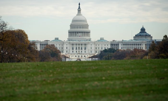 The US Capitol is seen in Washington, DC, on November 15, 2016.  (NICHOLAS KAMM/AFP/Getty Images)