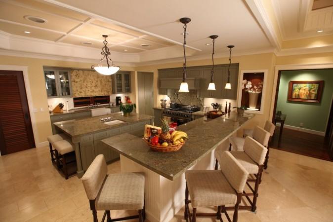 obama-winter-white-house-kitchen-at-paradise