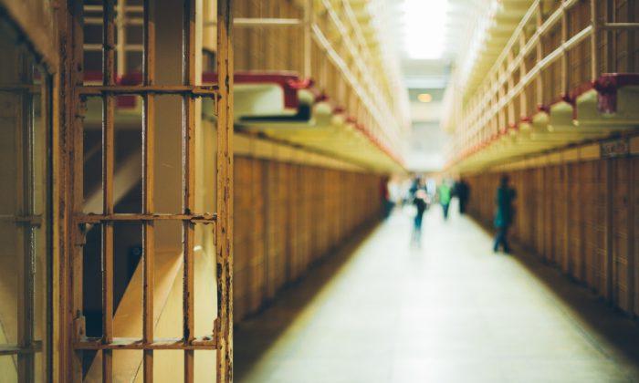 Graphic jailhouse video shows deputies watching as inmate dies