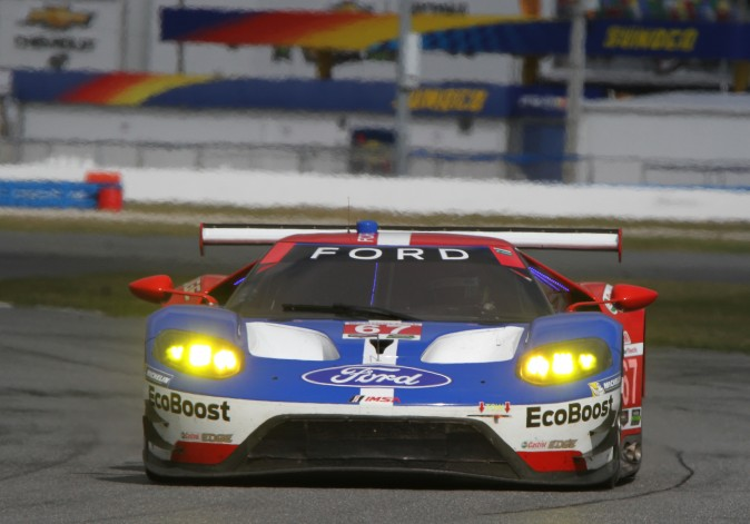 Ryan Briscoe in the #67 Ford Ganassi Racing Ford GT set the quickest time in the GTLM class in Sunday morning's Roar session. (Chris Jasurek/Epoch Times)