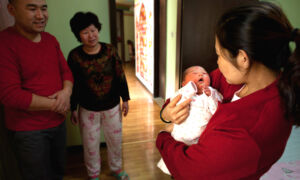 China Could Face Population Collapse as Birth Rate Plummets: Experts