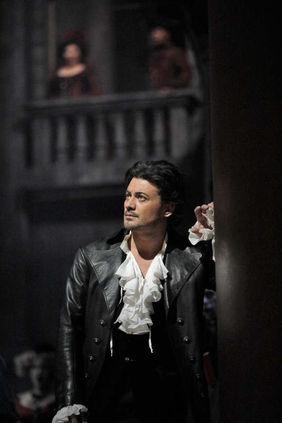 Vittorio Grigolo as Roméo in