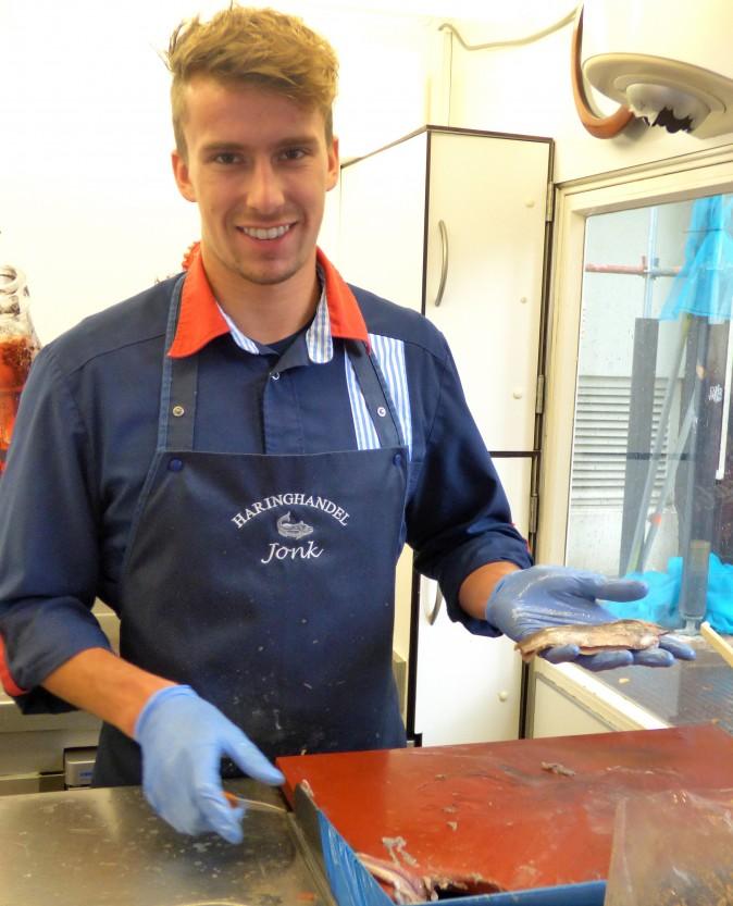 A street food fishmonger. (Manos Angelakis)