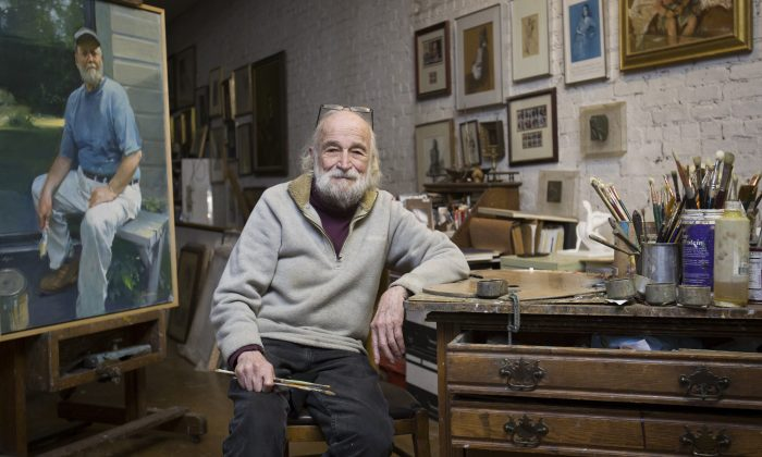 Burton Silverman talks about his art and life in his studio at his home in the Upper West Side of Manhattan, New York on December 20, 2016 (Samira Bouaou/Epoch Times)
