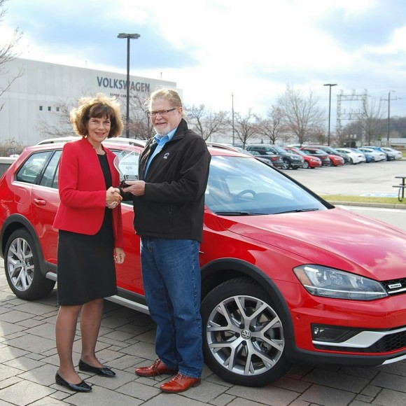 (Left: Maria Stenström, president and CEO of Volkswagen Group Canada Inc., Right: David Taylor, CCOTY Committee Member) (David Taylor)
