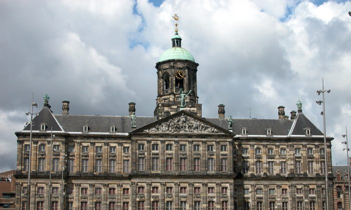The Royal Palace Amsterdam is used by the Dutch Royal House for entertaining and official functions, but is open to visitors most of the year. The palace was built as a city hall during the Dutch Golden Age in the 17th century. (Robert Scarth/Wikimedia Commons)