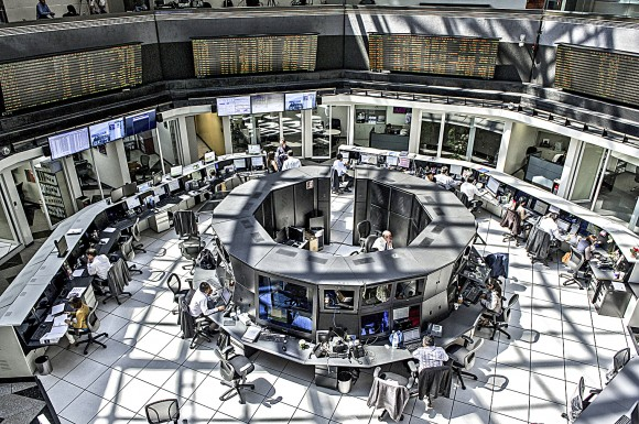 A general view of the Mexican Market Exchange and brokers working, on March 27, 2014, in Mexico City. (RONALDO SCHEMIDT/AFP/Getty Images)