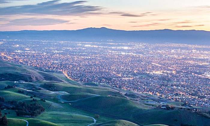 The Silicon Valley seen from Monument Peak near Milpitas, Calif., in this file photo. (Yuval Helfman/Shutterstock)