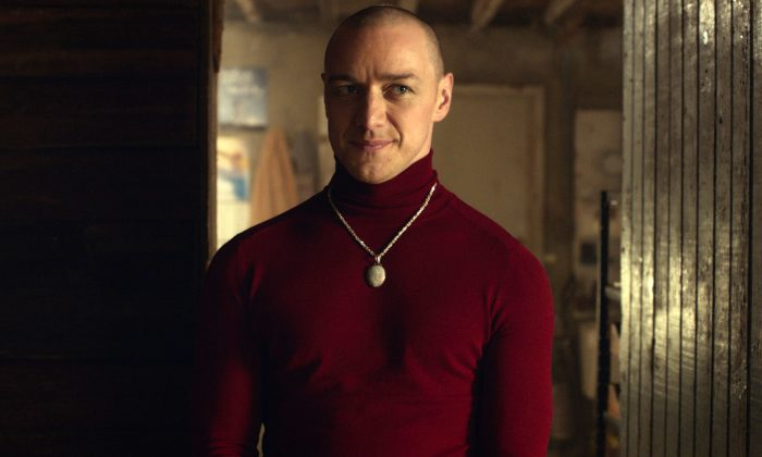 """This image released by Universal Pictures shows James McAvoy in a scene from, """"Split."""" (Universal Pictures via AP)"""
