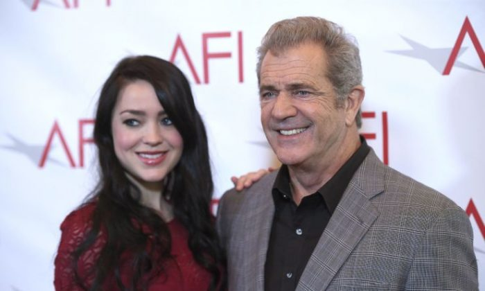 Rosalind Ross, left, and Mel Gibson arrive at the AFI Awards at the Four Seasons Hotel on Friday, Jan. 6, 2017, in Los Angeles. (Photo by Chris Pizzello/Invision/AP)