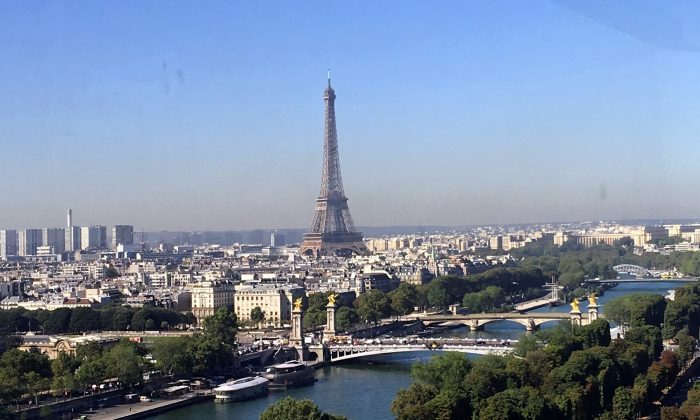 View of the Eiffel Tower and the Seine River from La Grande Roue. (Isabelle Kellogg)