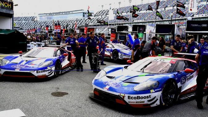The Ford Brigade: 1–2–3 in GT Le Mans, squeezing out the Corvettes, Ferrari, Porsches, and BMWs. (Bill Kent/Epoch Times)