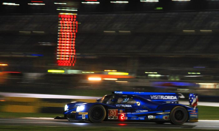 Rene Rast in the #90 VisitFlorida Riley-Gibson took the race lead when Max Angelelli in the #10 got a drive-through penalty. (Chris Jasurek/Epoch Times)