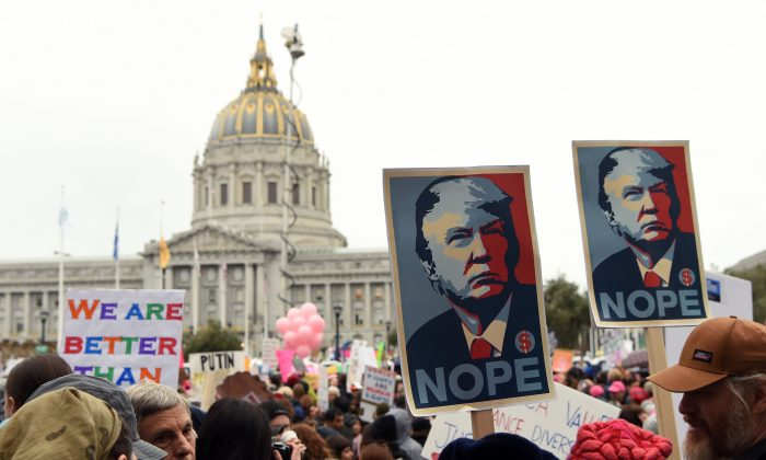 Thousands of people gather at City Hall to protest President Donald Trump in San Francisco on Jan. 21, 2017. (JOSH EDELSON/AFP/Getty Images)