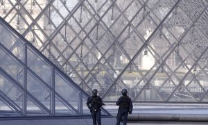 French Soldier Shoots Man Who Attacked Them Outside Louvre