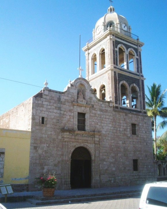 The Mission of Our Lady of Loreto, founded in 1697. Loreto was the first successful Jesuit mission and Spanish town in Baja California. (Omar1976/Wikimedia Commons)
