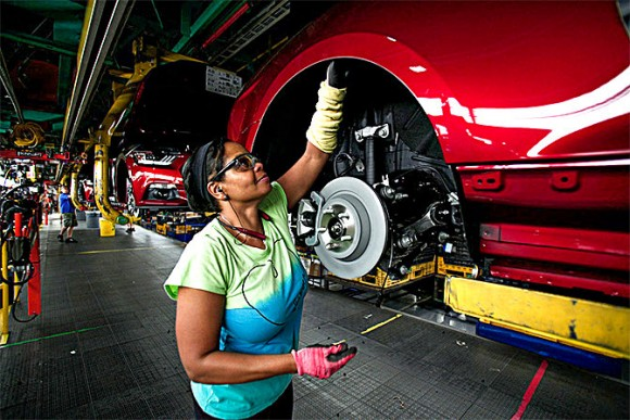 Ford Mustangs go through assembly at the Ford Flat Rock Assembly Plant in Flat Rock, Mich., on Aug. 20, 2015. Ford canceled plans to build a car factory in Mexico and instead will expand its Michigan factory, creating 700 jobs. (Bill Pugliano/Getty Images)