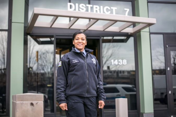 Officer Janice Wilson in front of the District 7 Chicago police station in Englewood on Feb. 1, 2017. (Benjamin Chasteen/Epoch Times)