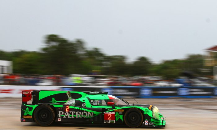 Extreme Speed Motorsport won both the Rolex 24 and the Sebring 12 Hours in 2016, with the #2 Ligier-Honda, here rounding Turn 17 during the 2016 12 Hours. This year the team will field a pair of Ligier-based Nissan DPis. (Chris Jasurek/Epoch Times)