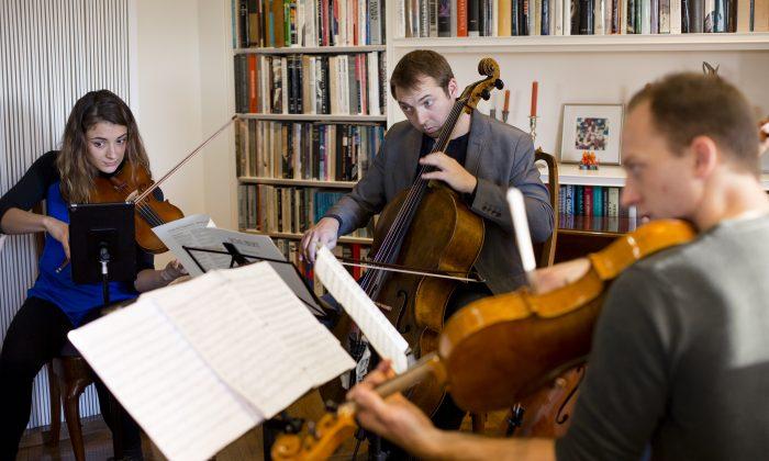 Manhattan Chamber Players rehearse in Manhattan. (Samira Bouaou/Epoch Times)