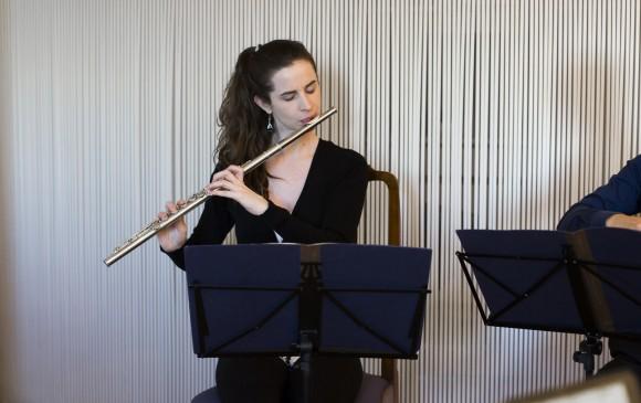 MCP flutist Emi Ferguson. (Samira Bouaou/Epoch Times)